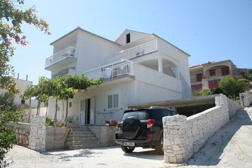 Rogoznica, Rogoznica, Property 4215 - Apartments by the sea.
