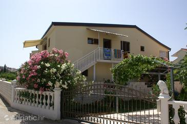 Rogoznica, Rogoznica, Propiedad 4218 - Apartamentos with pebble beach.