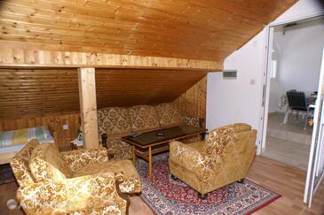 Zablaće, Living room in the studio-apartment, dostupna klima, dopusteni kucni ljubimci i WIFI.