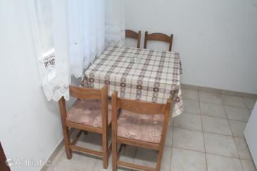 Žaborić, Dining room in the apartment.