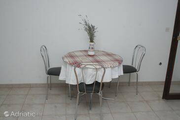 Žaborić, Dining room in the studio-apartment.