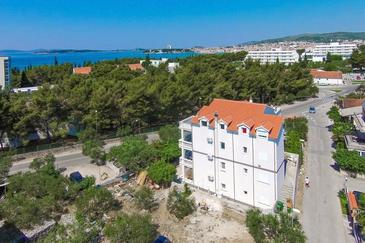 Vodice, Vodice, Property 4231 - Apartments with pebble beach.