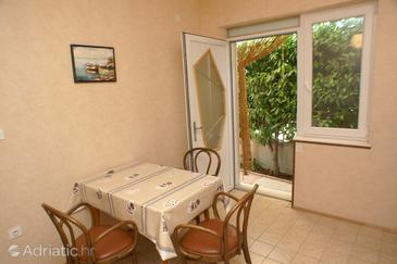 Vodice, Dining room in the apartment.
