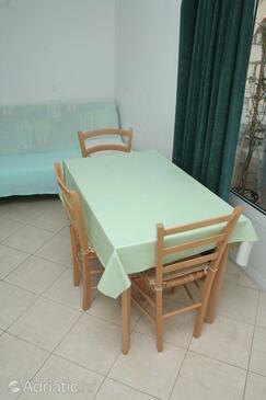 Brodarica, Dining room in the apartment, WIFI.
