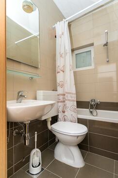 Bathroom 2   - A-4254-a