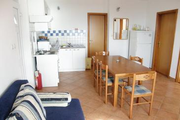 Primošten, Dining room in the apartment, air condition available, (pet friendly) and WiFi.