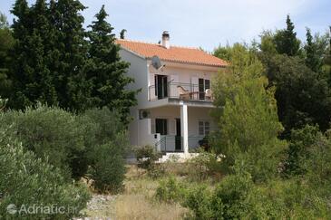Primošten, Primošten, Property 4268 - Apartments with pebble beach.