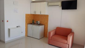 Pisak, Kitchen in the studio-apartment, WiFi.