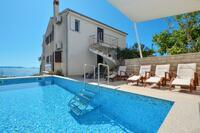 Apartmány u moře s bazénem Seget Vranjica (Trogir) - 4284