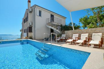 Seget Vranjica, Trogir, Property 4284 - Apartments by the sea.