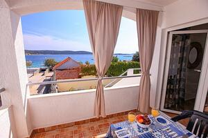 Family friendly seaside apartments Sevid, Trogir - 4286