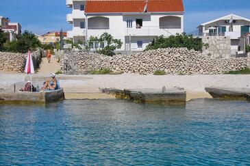 Sevid, Trogir, Obiekt 4286 - Apartamenty przy morzu ze żwirową plażą.