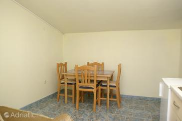 Sevid, Jídelna v ubytování typu apartment, s klimatizací a WiFi.