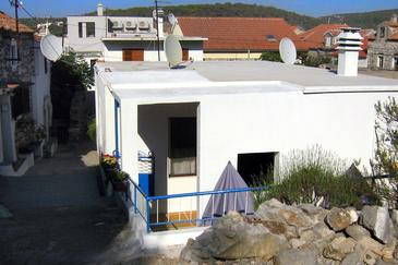 Tisno, Murter, Property 4298 - Apartments by the sea.