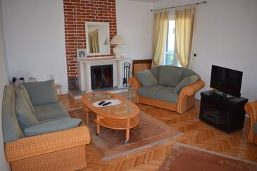 Sveti Filip i Jakov, Living room in the apartment, WiFi.