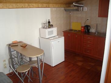 Biograd na Moru, Dining room in the studio-apartment, WIFI.