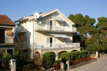 Biograd na Moru, Biograd, Property 4304 - Apartments with pebble beach.