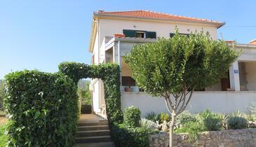 Tkon, Pašman, Property 4307 - Apartments in Croatia.