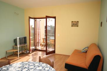 Turanj, Living room in the apartment, dopusteni kucni ljubimci.