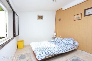 Marušići, Living room in the house, dostupna klima.