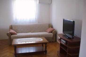 Podstrana, Living room in the apartment, dostupna klima i WIFI.