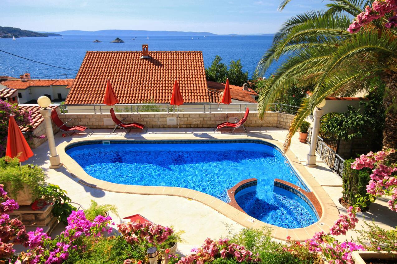 Chorvatsko vila s bazénem