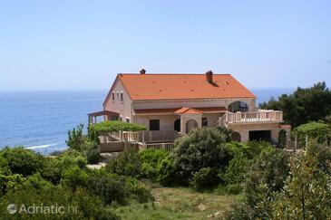 Zavalatica, Korčula, Объект 4339 - Апартаменты с галечным пляжем.