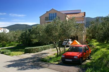 Kneža, Korčula, Property 4343 - Apartments with pebble beach.