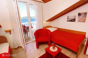 Račišće, Obývací pokoj v ubytování typu apartment, s klimatizací, domácí mazlíčci povoleni a WiFi.