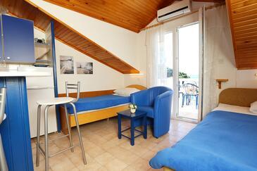 Račišće, Pokój dzienny w zakwaterowaniu typu apartment, dostupna klima, dopusteni kucni ljubimci i WIFI.