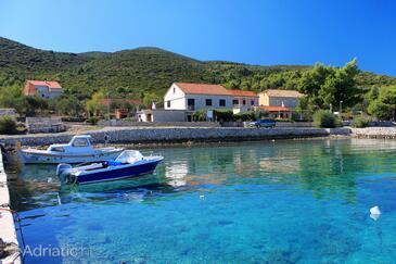 Kneža, Korčula, Property 4365 - Apartments near sea with pebble beach.
