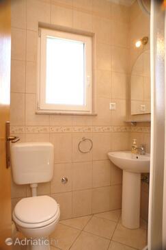 Bathroom 2   - A-4370-a