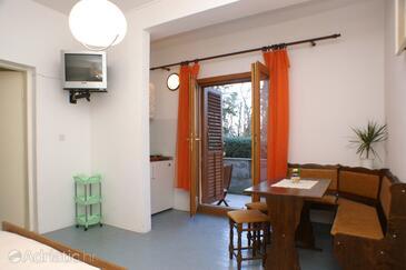 Korčula, Sala da pranzo nell'alloggi del tipo studio-apartment, WiFi.
