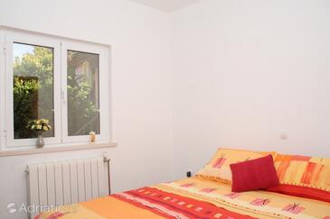 Račišće, Bedroom in the studio-apartment.