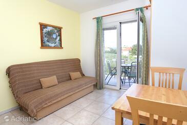 Living room    - A-4393-c