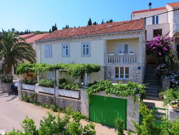 Lumbarda, Korčula, Property 4400 - Apartments with sandy beach.