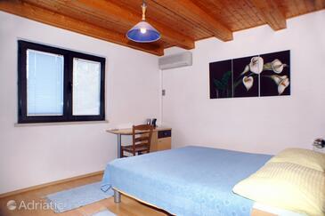 Bedroom    - A-4404-a