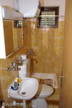 Bathroom 3   - A-4404-c
