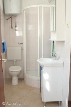 Bathroom 2   - A-4415-b