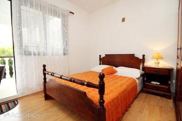 Bedroom    - A-4420-c