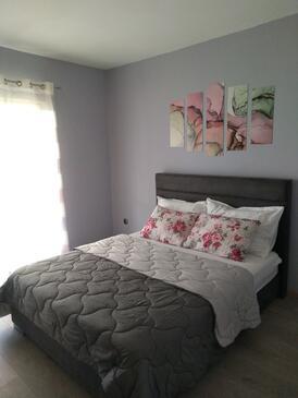 Bedroom    - A-4425-b
