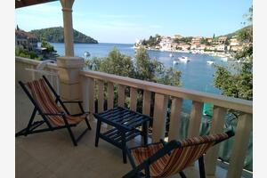 Apartments by the sea Brna (Korcula) - 4425