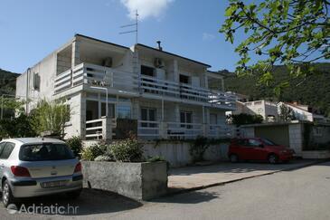 Žrnovska Banja, Korčula, Объект 4426 - Апартаменты с галечным пляжем.