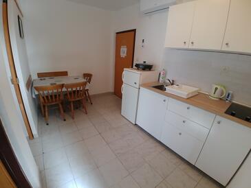Kuchyně    - A-443-e