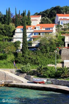 Medvinjak, Korčula, Property 4439 - Apartments near sea with pebble beach.
