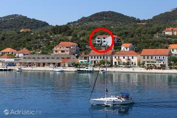 Sali, Dugi otok, Объект 444 - Апартаменты вблизи моря с галечным пляжем.