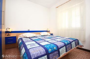 Bedroom    - A-4440-a