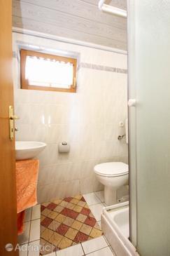 Bathroom    - A-4440-e