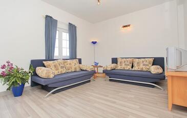Lumbarda, Living room in the apartment, dostupna klima i WIFI.