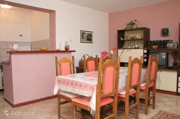 Gradina, Dining room in the apartment.